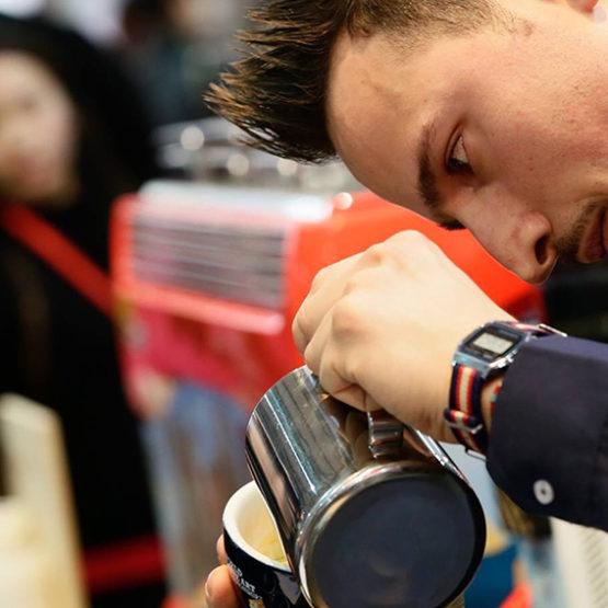 Giuseppe Fiorini, campione italiano latte art 2016